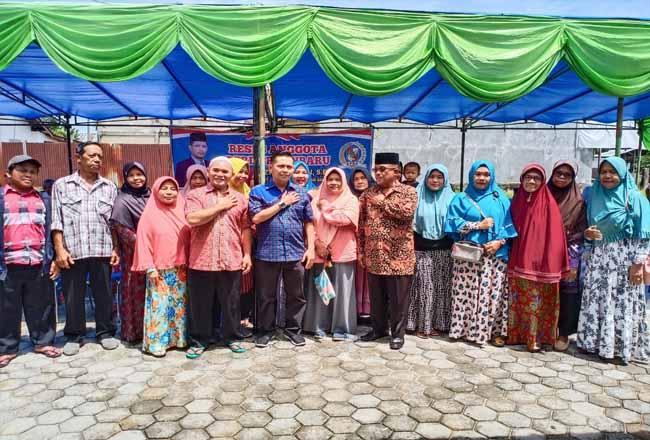 Wakil Ketua DPRD Pekanbaru Tengku Azwendi Fajri SE melaksanakan reses di Kelurahan Maharatu, Pekanbaru.