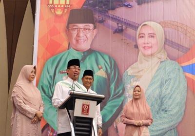 Bupati Wardan saat menghadiri kegiatan Silaturrahmi dan Buka Puasa Bersama Pemkab Inhil dengan KKIH Pekanbaru, Selasa (28/5/2019) di salah hotel di Pekanbaru.