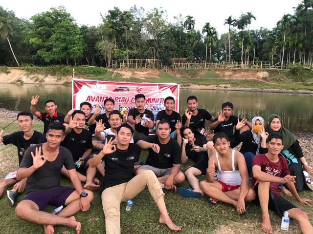 Avanza Riau Community (ARC) melaksanakan Touring Pendek ke Sungai Gelombang.