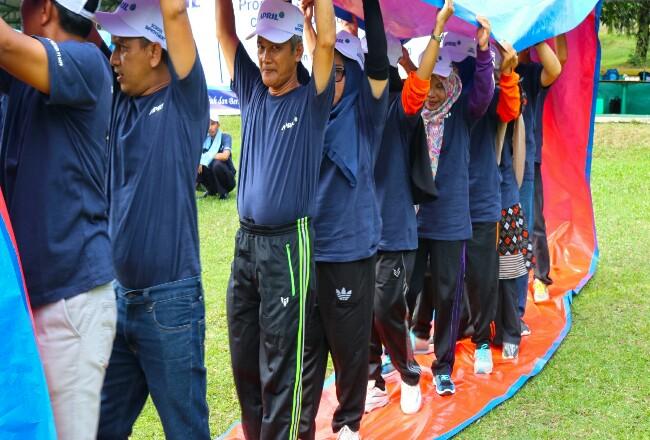 Sebanyak 60 Fasilitator Daerah (Fasda) dari 5 Kabupaten di Riau mengikuti Rapat Kerja dan Gathering di Balai Pelatihan dan Pengembangan Usaha Terpadu (BPPUT) Town Site 2, Pangkalan Kerinci, Sabtu (11/1).