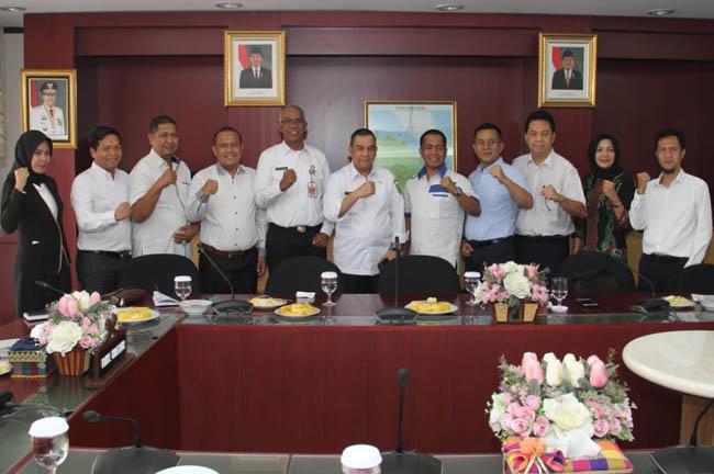 Audiensi  SMK Dirgantara Riau dengan Wakil Gubernur Riau (Wagubri), Edy Natar Nasution.