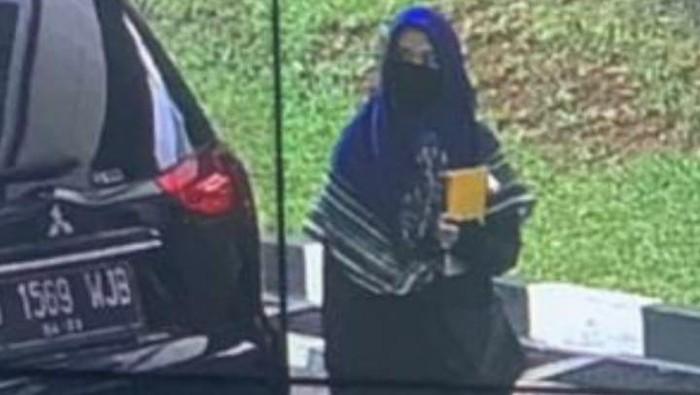 Perempuan penyerang Mabes Polri, Zakiah Aini