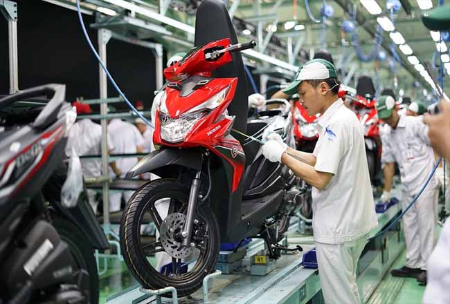 Ekspor skutik Honda BeAT naik.