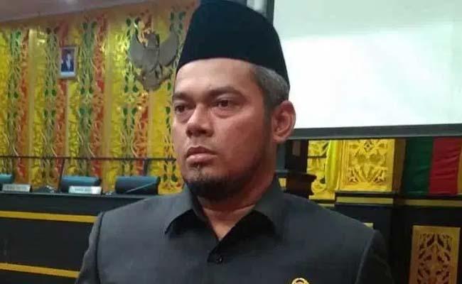Ketua DPRD Kota Pekanbaru Hamdani.