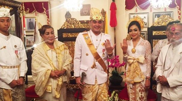 Suasana pertunangan I Gusti Ngurah Arya Wedakarna beberapa waktu lalu.