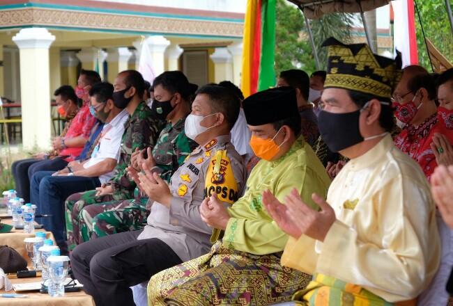 Acara penyerahan Piagam Penghargaan kepada 170 perwakilan Pejuang Pemadam Karhutla Riau.