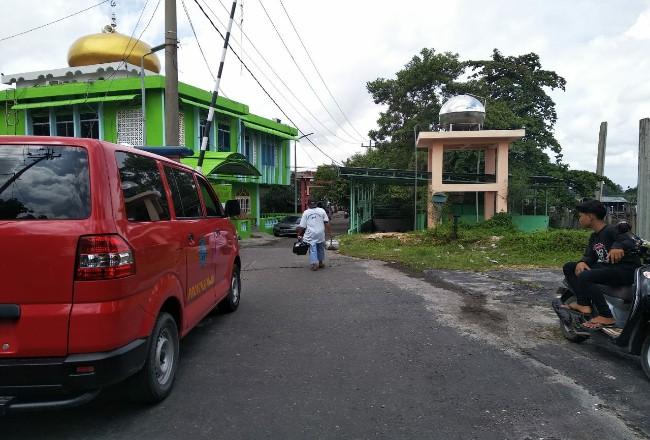 Tempat itu, di kawasan Kampung Dalam Kecamatan Senapelan dan kawasan Pangeran Hidayat Kecamatan Pekanbaru Kota pakai metode Soft Power Appraoch.