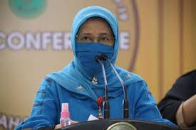 Kadiskes Provinsi Riau, Mimi Yuliani Nazir