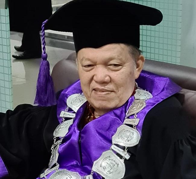 Guru Besar Hukum Tata Negara Universitas Islam Riau Prof Dr H Yusri Munaf