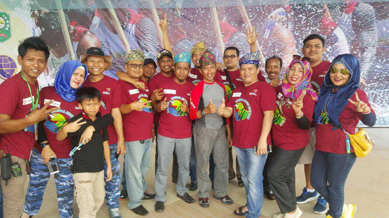 Komunitas ID42NER Chapter Riau foto bersama