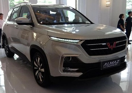 SGMW Motor Indonesia (Wuling Indonesia) resmi meluncurkan Wuling Almaz di Jakarta, Rabu (27/2).