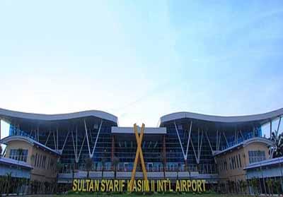 Bandara SSK II Pekanbaru.