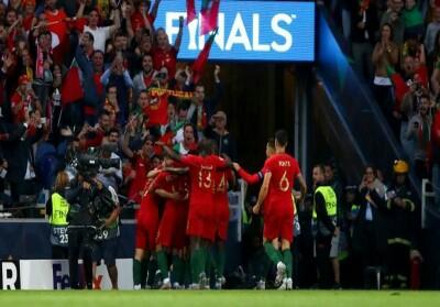 Timnas Portugal merayakan gol Goncalo Guedes yang menjadi penentu kemenangan 1-0 atas Belanda di final UEFA Nations League.
