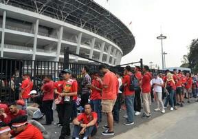Suasana Kawasan Gelora Bung Karno jelang pertandingan Kamis (5/9).
