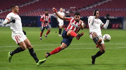 Atletico Madrid mengalahkan Sevilla 2-0 dalam lanjutan Liga Spanyol. (Foto: Denis Doyle/Getty Images)