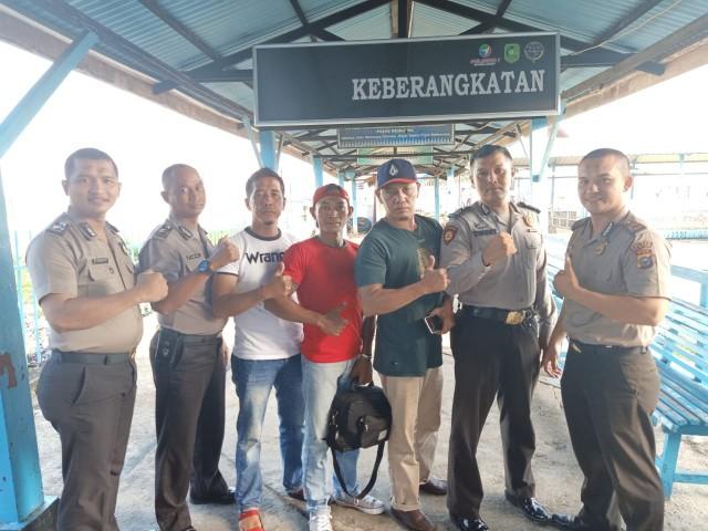 Pemberangkatan atlet binaraga ke Batam.