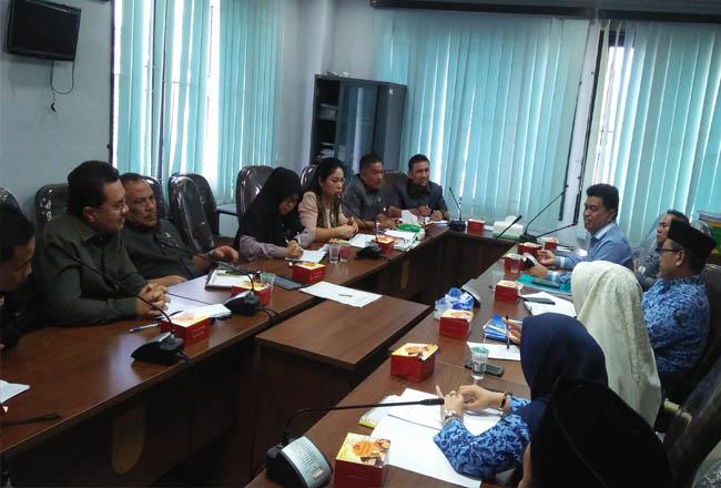 Komisi III DPRD Kota Pekanbaru hearing perdana dengan Dinas Pendidikan (Disdik) Kota Pekanbaru