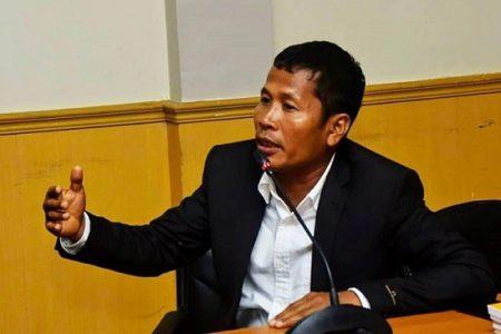 Ketua DPRD Riau Indra Gunawan.