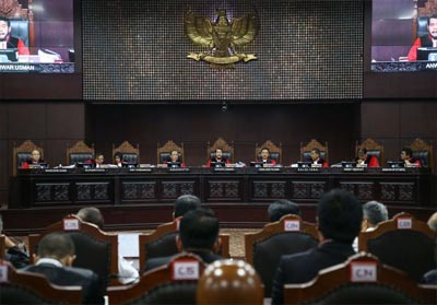 Suasana sidang perdana sengketa pilpres 2019 di Gedung Mahkamah Konstitusi, Jakarta, Jumat (14/6/2019). FOTO: Kompas.