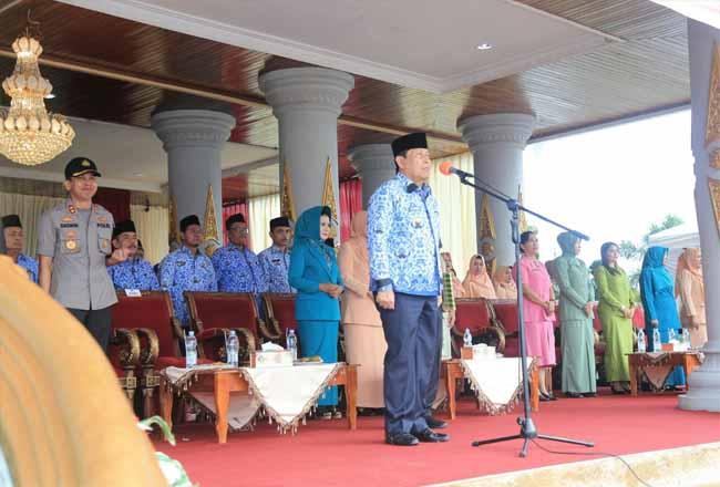 Bupati Sukiman, memimpin pelaksanaan Hari Sumpah Pemuda rahun 2019 yang dipusatka di Halaman Kator Bupati Rohul.