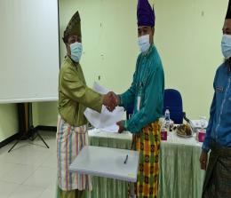 Serah terima jabatan : dr Suhadi resmi ditetapkan sebagai pelaksana tugas (Plt) Direktur RSUD Kepulauan Meranti menggantikan Fajar Triasmoko MT