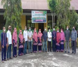 Tim Adiwiyata Kabupaten Bengkalis berfoto bersama usai mengunjungi SD Negeri 2 Bantan, Senin (2/8/2021) lalu.