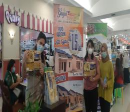 Hanya dengan Down Payment (DP) Rp1,5 juta sudah bisa memiliki rumah di Griya Teratai Indah yang terletak di Jalan Teratai atau Jalan Seroja ujung Kelurahan Kulim, Kecamatan Tenayan Raya, Kota Pekanbaru.