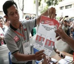 Ilustrasi simulasi pemungutan suara. Foto: CNNIndonesia