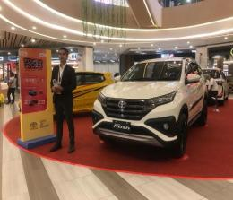 Pameran Agung Toyota di Living World