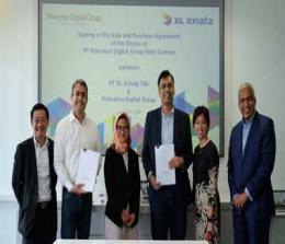 (Ki-ka ) Direktur Finance XL Axiata, Mohamed Adlan Bin Ahmad Tajudin, Direktur Corp.Strategy & Bussiness Development XL Axiata, Abhijit Navalekar, Presiden Direktur & CEO XL Axiata, Dian Siswarini, Chief Operating Officer of Princeton Digital Group Limited, Varoon Raghavan, Direktur Teknologi XL Axiata, Yessie D. Yosetya, Chairman and Chief Executive Officer of Princeton Digital Group Limited, Rangu Salgame dalam acara penandatanganan  kesepakatan antara  Princeton Digital Group dengan XL Axiata untuk akuisisi  kepemilikan mayoritas di portofolio bisnis layanan Data Center XL Axiata di Jakarta, Rabu (3/7).