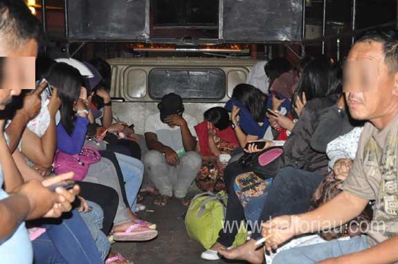 Image Result For Wanita Malam Penghibur